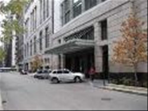 130 N Garland Unit 1808, Chicago, IL 60602 The Loop