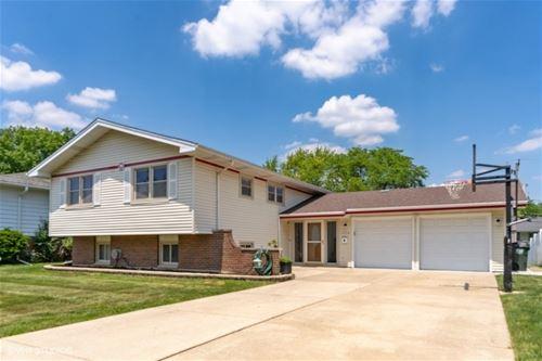 1350 Devonshire, Hoffman Estates, IL 60169