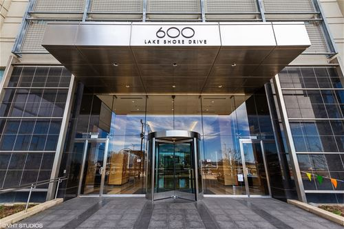 600 N Lake Shore Unit 1811, Chicago, IL 60611 Streeterville