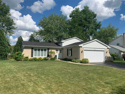 4041 Roslyn, Downers Grove, IL 60515