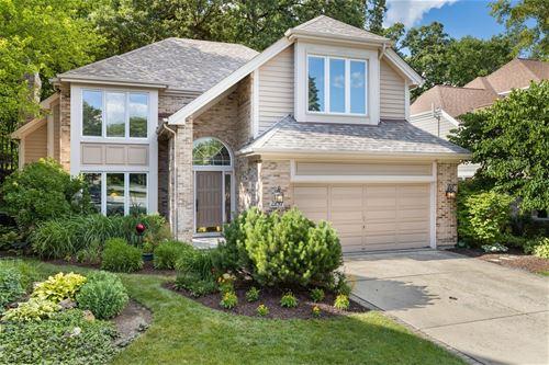 2137 Belleau Woods, Wheaton, IL 60189