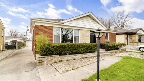 1636 Boeger, Westchester, IL 60154