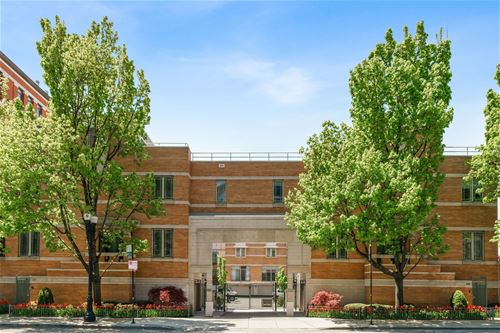 1401 N Wieland Unit W, Chicago, IL 60610 Old Town