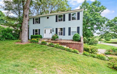 11 Oak, Oakwood Hills, IL 60013