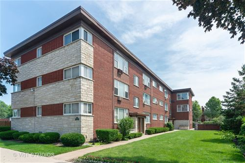 7211 W Division Unit C2, River Forest, IL 60305