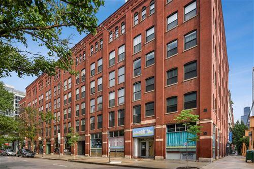 225 W Huron Unit 515, Chicago, IL 60654 River North