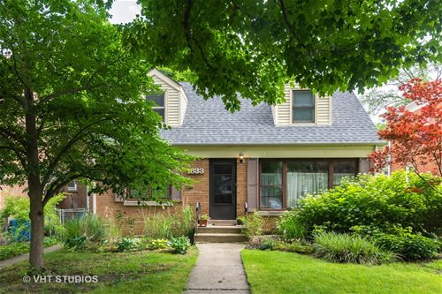 1633 Cleveland, Evanston, IL 60202
