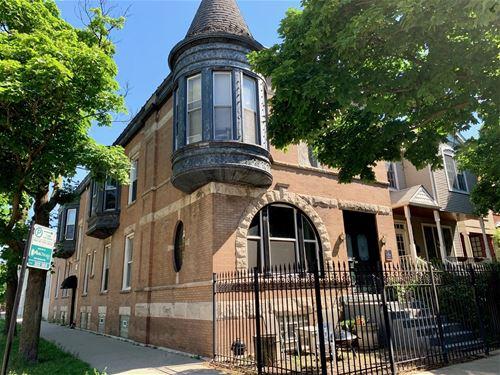 1456 W Fletcher Unit 1F, Chicago, IL 60657 Lakeview