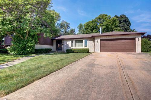 422 N Lancers, Addison, IL 60101