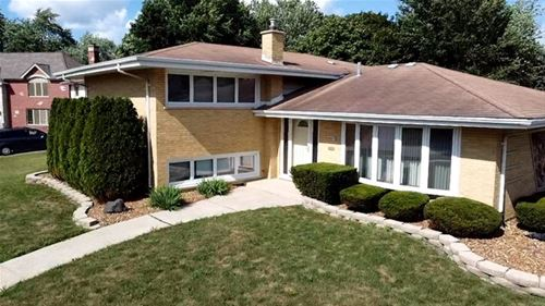 8857 Pleasant, Hickory Hills, IL 60457