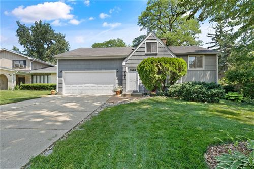 4827 Woodward, Downers Grove, IL 60515