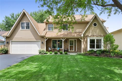 2076 Maplewood, Naperville, IL 60563