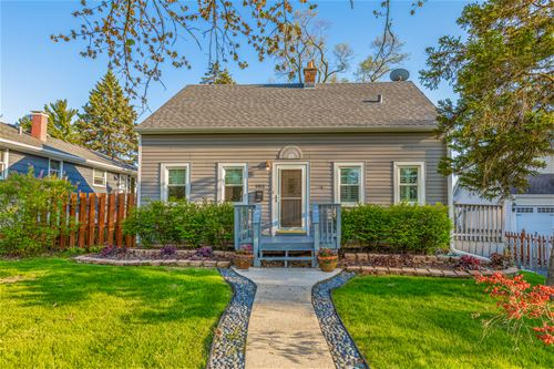 105 4th, Downers Grove, IL 60515