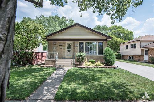 10425 S Kolin, Oak Lawn, IL 60453