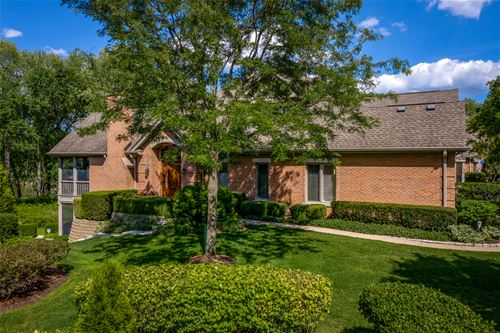 1162 Willowgate, St. Charles, IL 60174