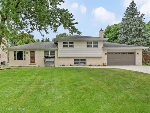 262 Thrasher, Bloomingdale, IL 60108