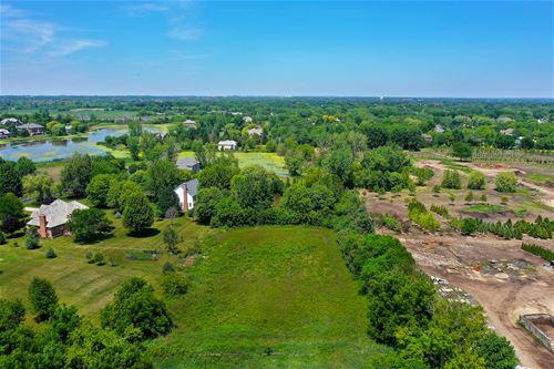 6856 Ellis, Long Grove, IL 60047