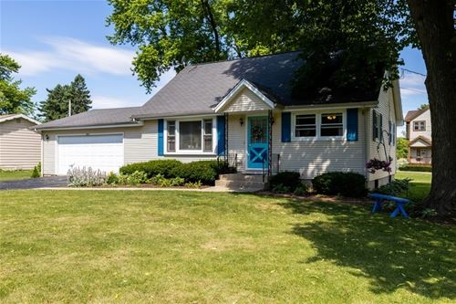 1203 Bayview, Fox River Grove, IL 60021