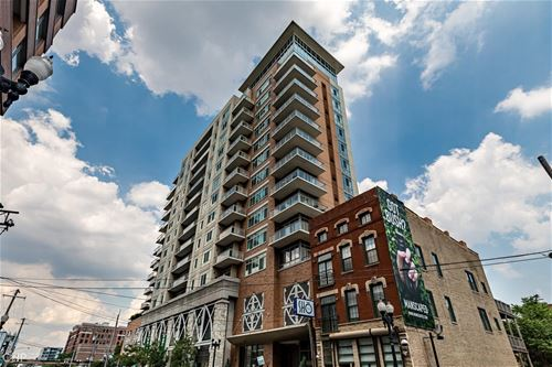 230 W Division Unit 701, Chicago, IL 60610 Old Town