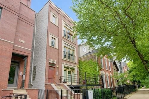 945 N Honore Unit 3, Chicago, IL 60622 East Village