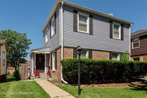 716 Portsmouth, Westchester, IL 60154