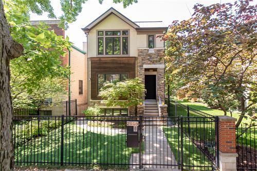 2946 N Hoyne, Chicago, IL 60618 Hamlin Park