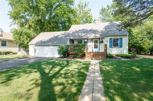 104 Travers, Wheaton, IL 60187