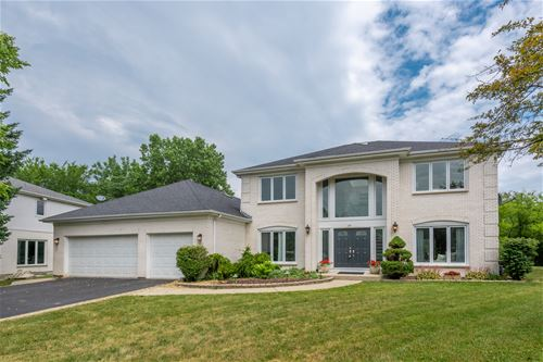 17 Crestview, Deerfield, IL 60015