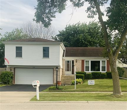 1155 Mensching, Roselle, IL 60172