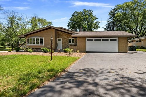 3809 Wilcox, Downers Grove, IL 60515