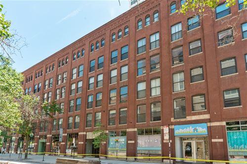 225 W Huron Unit 305, Chicago, IL 60654 River North