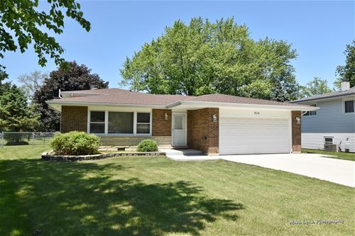 816 Forest, Bartlett, IL 60103