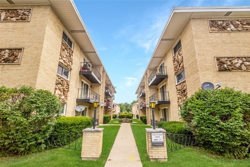 6815 N Olmsted Unit 2, Chicago, IL 60631 Edison Park