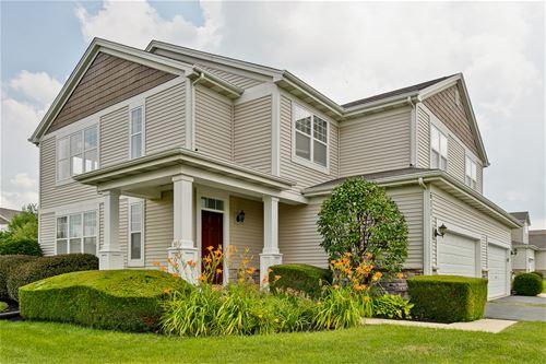 611 Schubert, Woodstock, IL 60098