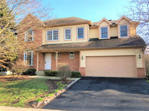 8 Sherwood, Lake In The Hills, IL 60156