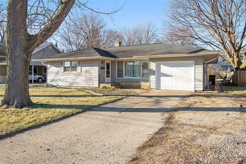 528 W Kimball, Woodstock, IL 60098