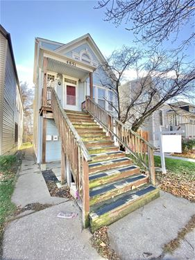 4851 W Ainslie, Chicago, IL 60630 Jefferson Park