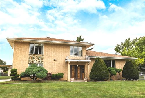 540 Orchard, Roselle, IL 60172