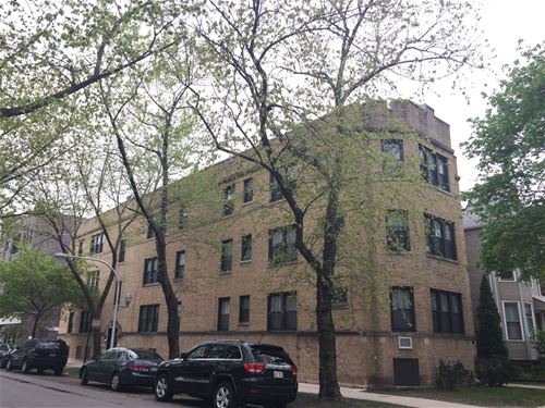 3700 N Bosworth, Chicago, IL 60613 Lakeview