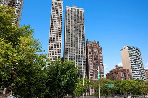 1110 N Lake Shore Unit 17S, Chicago, IL 60611 Gold Coast