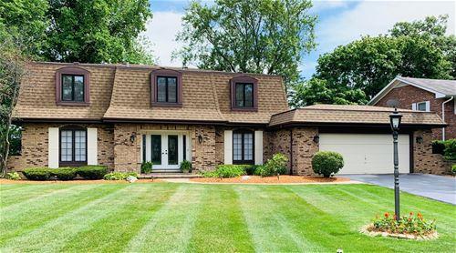 1605 Royal Oak, Darien, IL 60561
