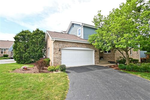 17386 Brook Crossing, Orland Park, IL 60467