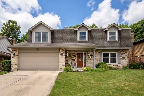 1518 Castlewood, Wheaton, IL 60189