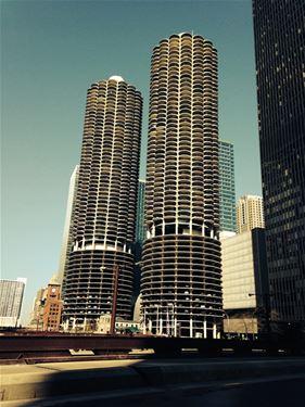 300 N State Unit 4312, Chicago, IL 60654 River North