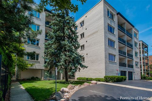 1010 N Harlem Unit 403, River Forest, IL 60305
