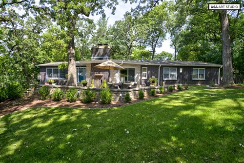 851 Greenwood, Carpentersville, IL 60110