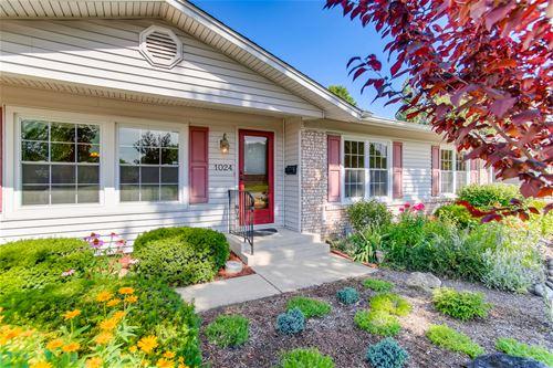 1024 Brantwood, Elk Grove Village, IL 60007