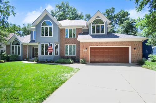 905 Ridgewood, West Chicago, IL 60185