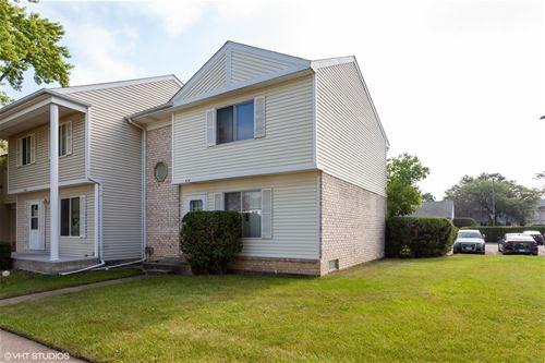 414 Gainsborough, Bolingbrook, IL 60440