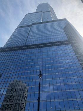 401 N Wabash Unit 42E, Chicago, IL 60611 River North